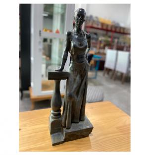 escultura-mulher