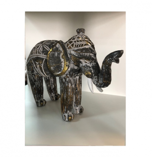 Elefante entalhado em Madeira